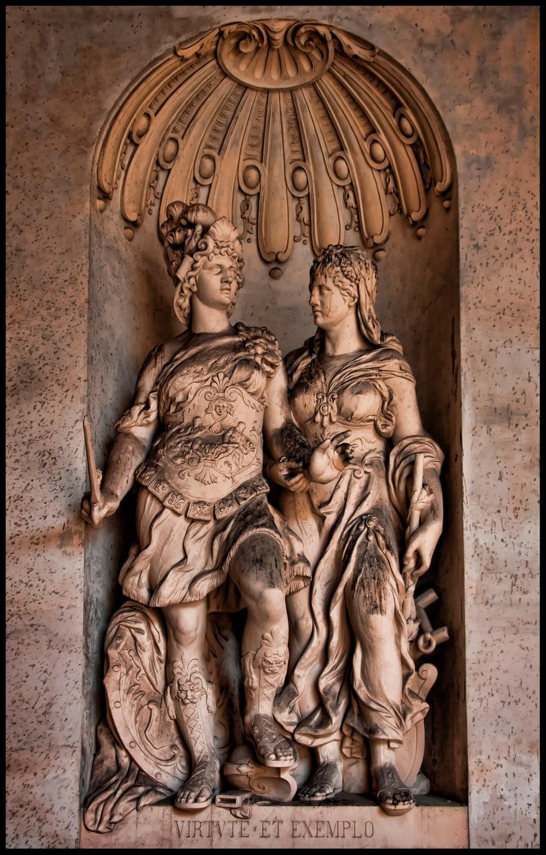 Vienna Statue 6