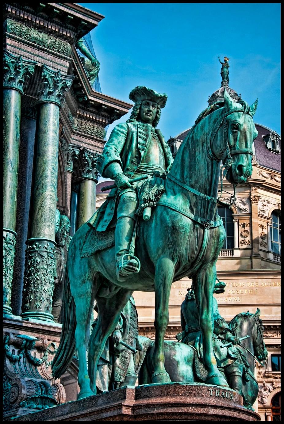 Vienna Statue 8