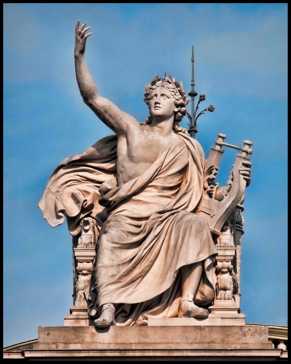 Vienna Statue 12