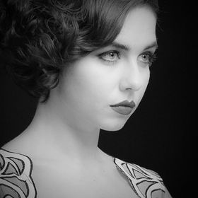 Taken not too long ago at the photography show in Birmingham. I loved the classic 1920s look going on here.