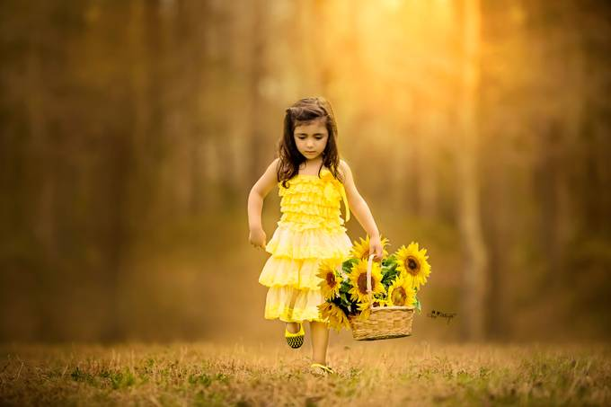 Flower girl by deejayy - Beautiful Flowers Photo Contest