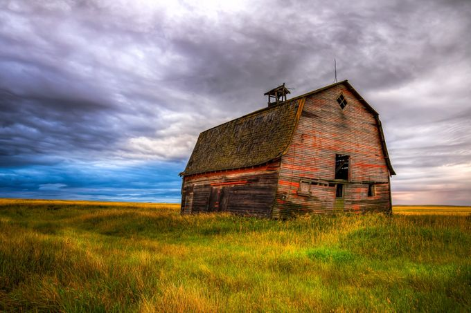 Praire Barn by kellysuchan - Farms And Barns Photo Contest