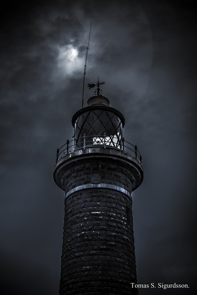 Tower light.