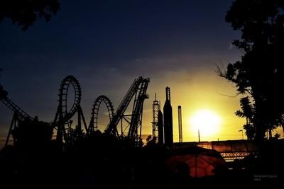 Sunset at Enchanted Kingdom