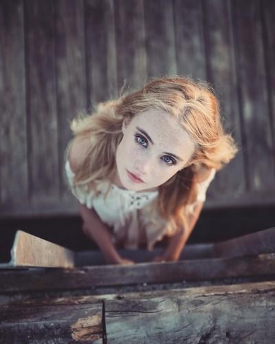 Alice walking the planks