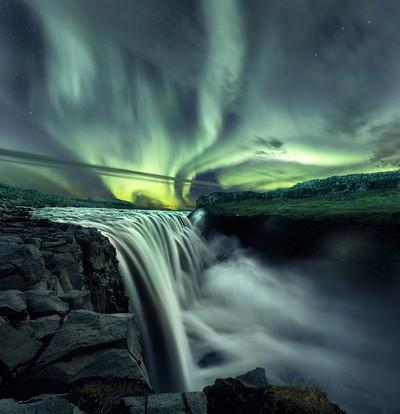 Dettifoss aurora