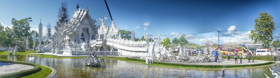 Thailand's Famous White Temple - Wat Rong Khun
