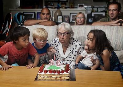 Grandmothers_86_Birthday_021