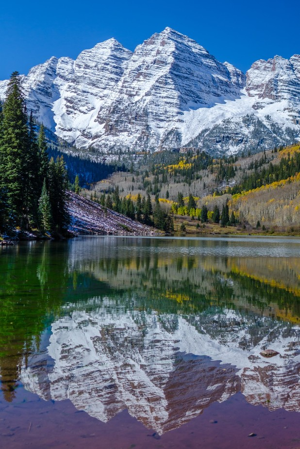 Maroon Bells  by Tila - Spectacular Lakes Photo Contest