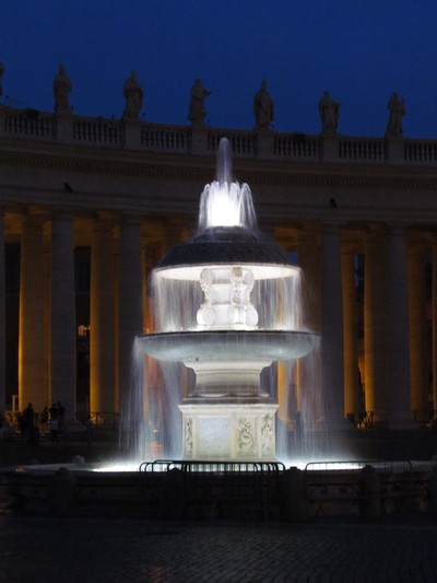 Fountain at night, St Peter's