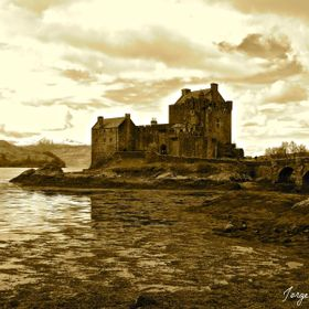 A Nostalgic composition of the wonderful and magic Eileen Donan Castle