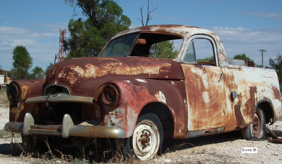 an old holden from the early 50's at Lightning Ridge opal fields