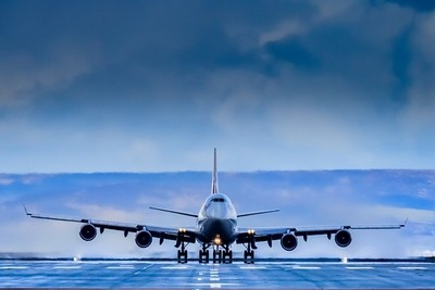 Boeing 747-400 on the runway