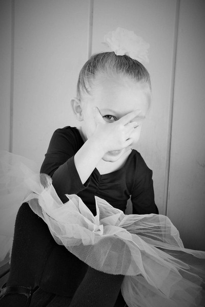 Peek a boo ballet