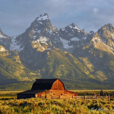 Old Mormon Row Barn and the Teton's