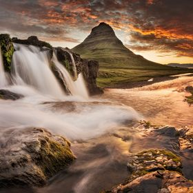 Decided to upload another edition of Kirkjufell and Kirkjufellsfoss as this one went through more careful edit.