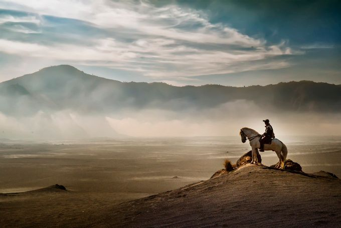 Man On The Desert by pimpin_nagawan - People In Large Areas Photo Contest