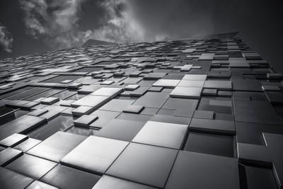 Cube(d)
