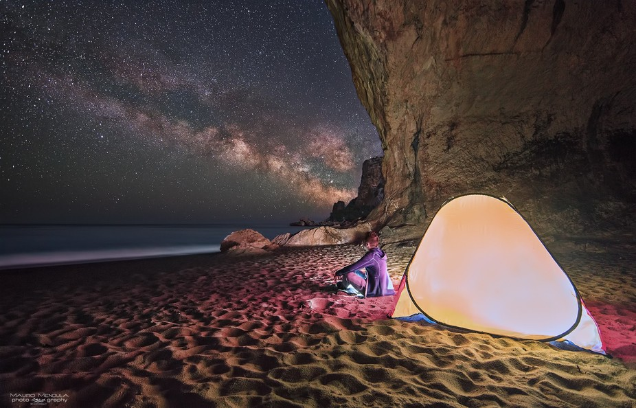 Cala Luna Beach Cave (Sardinia, Italy). A perfect night to contemplate nature.  Ground: 14mm/ƒ 3...