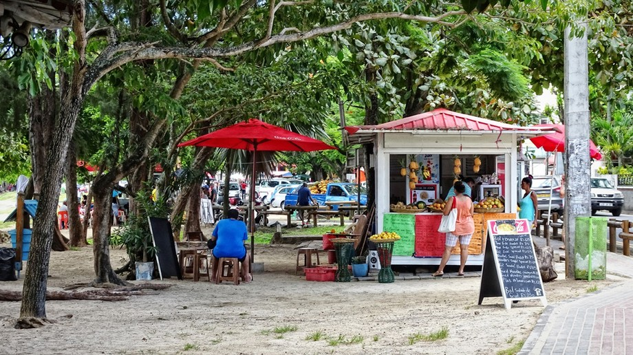 The Mauritius Collection - Street Life Grand Baie (3)