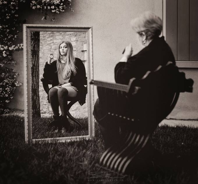 Time in the mirror by fabiosozza - The Face in the Mirror Photo Contest