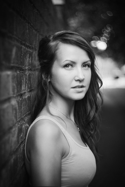 Young woman in b-w
