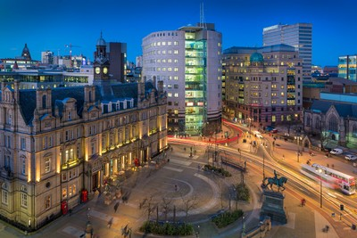 Leeds_City_Square_twilight