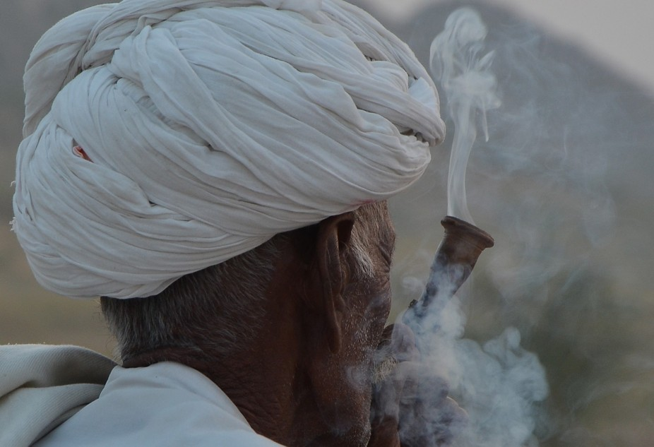 The trail of smoke couldn't have been caught and clicked when shot from front. The idea ...