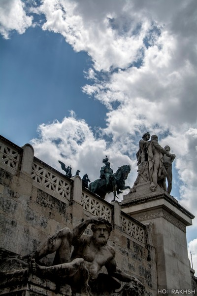 Even the sky is not a limit for Roman Sculptures