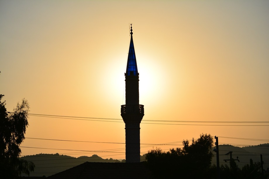 Taken in Turkey 2015 made amazing image with sun behind Mosque