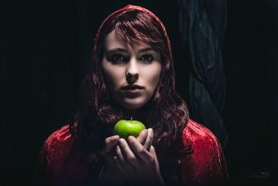 Red Riding Hood Part 1 Dark