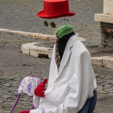 Headless street artist/entertainer in Paris no mask needed....