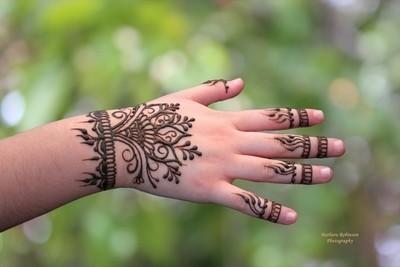 IMG_9671 Henna Hand