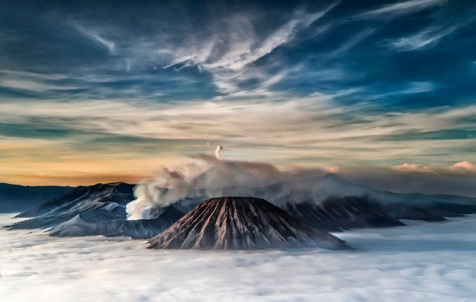 Mountain Above The Cloud by pimpin_nagawan - Creative Travels Photo Contest