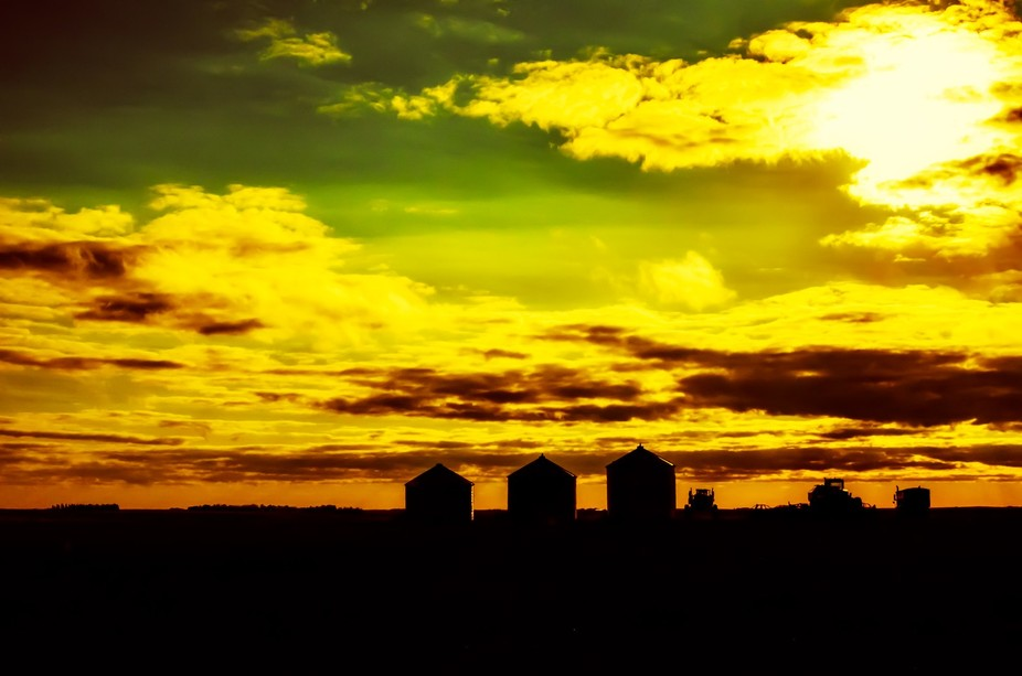 Great to be able to enjoy unobstructed views of the spectacular prairie sunsets.