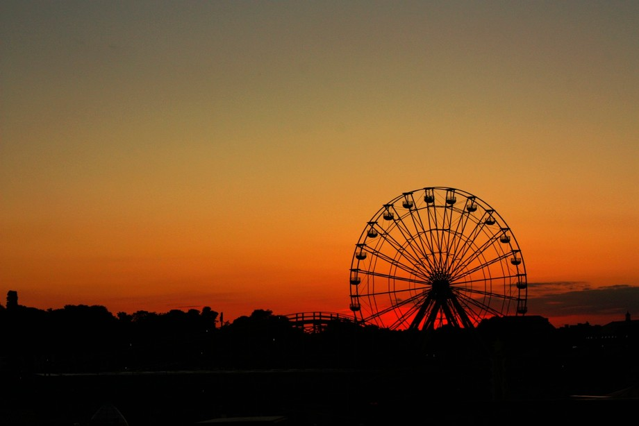 End of day at the fair