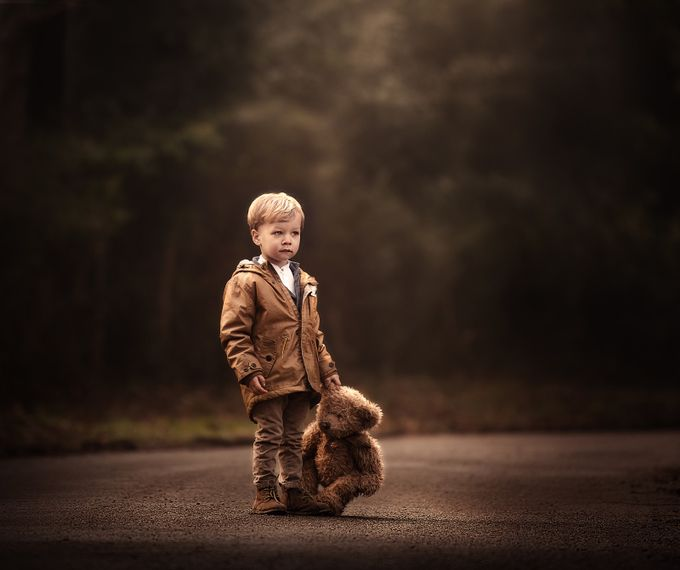 Spencer the bear  by Victoria_Anne - Street Portraits Photo Contest