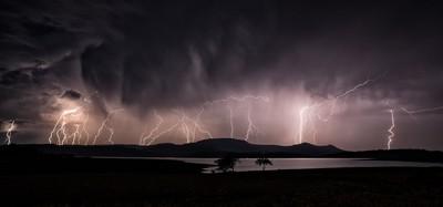 Lightning over Spionkop