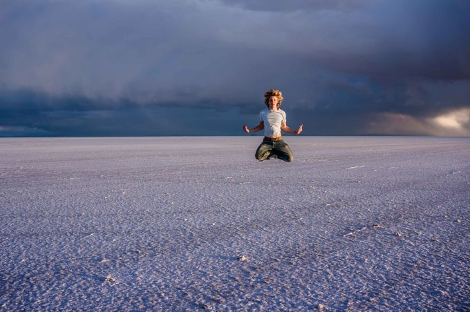 Salar levitation by KarineEyE - The Art Of Levitation Photo Contest