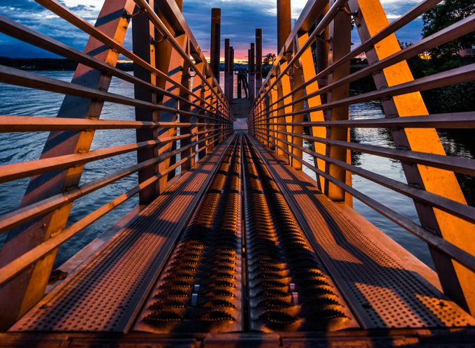 Walk The Plank by gappman - Parallel Compositions Photo Contest