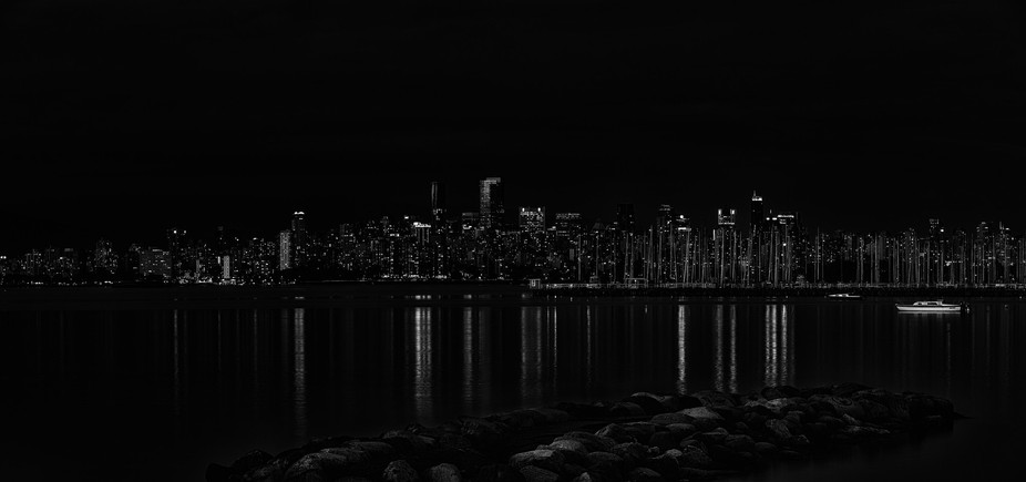 Photograpy of Vancouver taken from Jericho Beach.