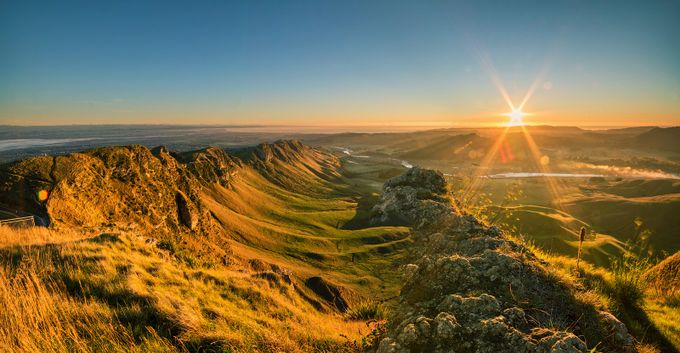Sunrise at Te Mata Peak, Napier, Hawkes Bay by anupamhatui - The First Light Photo Contest