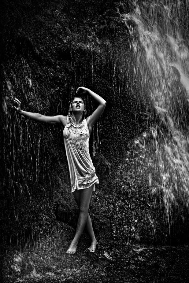 waterfall by GeorgeRauscher