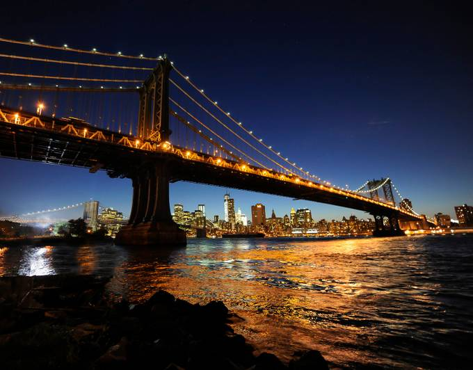 manhattan gold by facepan - Bridges In The Night Photo Contest