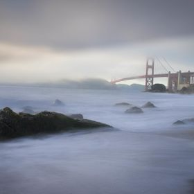 The fog is rolling in on the Golden Gate Bridge