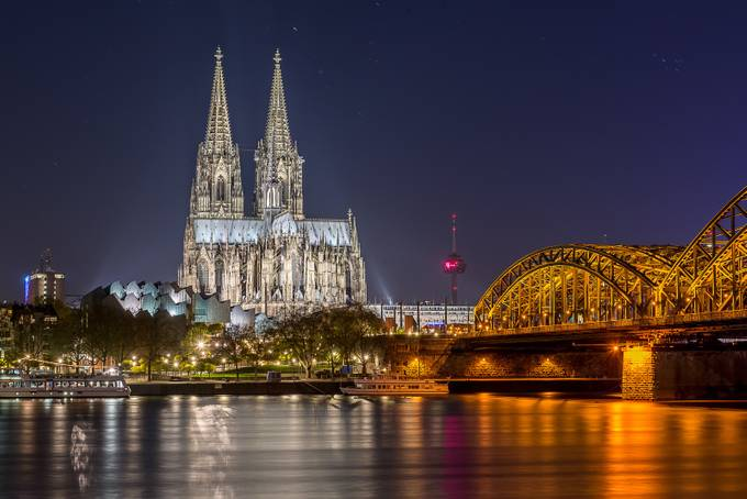 Iconic Cologne Skyline 2016 by DavidGrigoFotografie