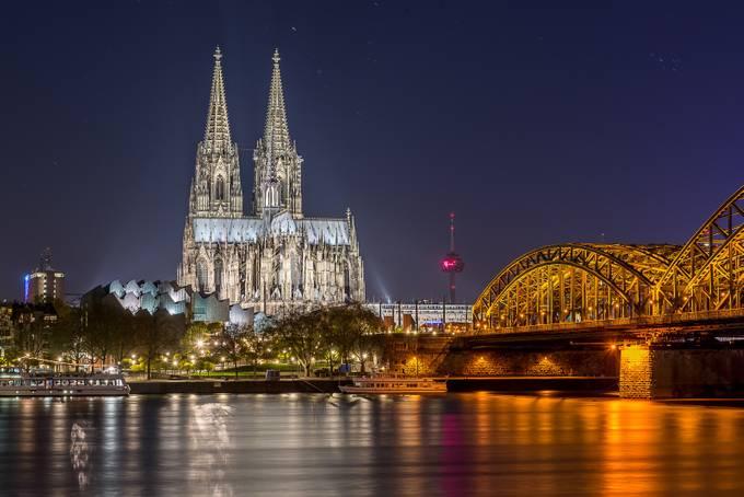 Iconic Cologne Skyline 2016 by DavidGrigoFotografie