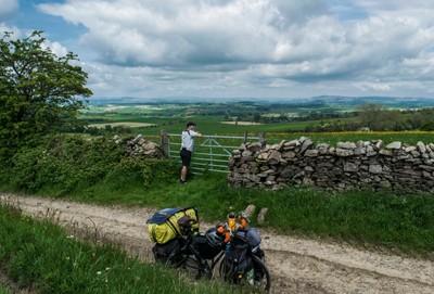 Cycling Coal Pit Lane Bridal Trail