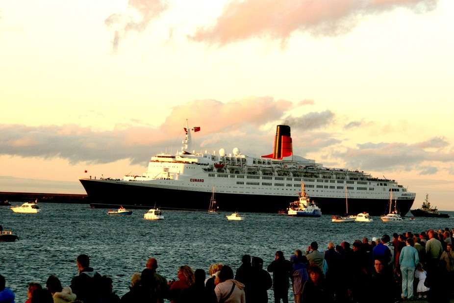 Queen Elizabeth 2 South Shields final voyage