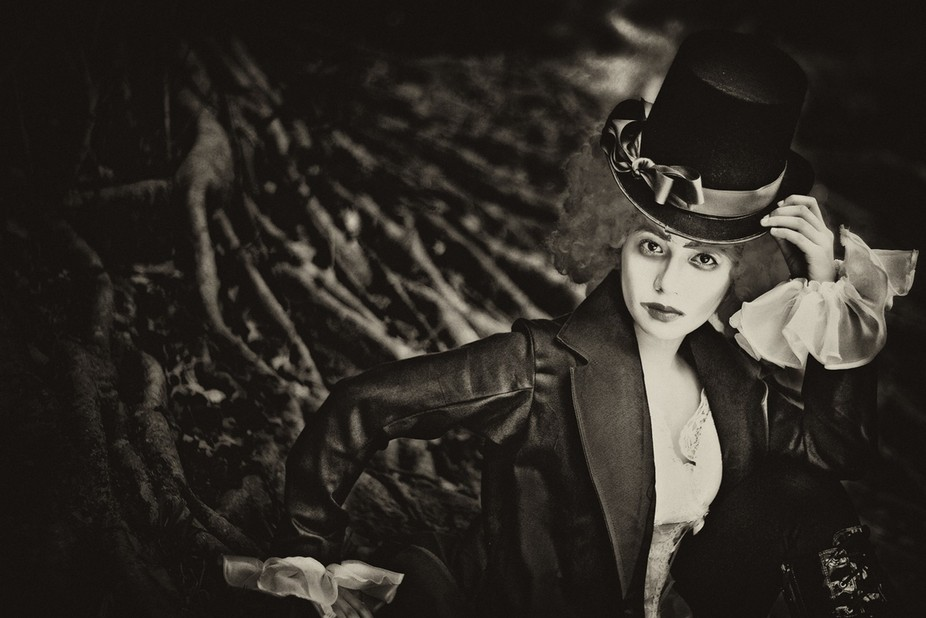 """A conceptual shoot interpreting a character in famous story """"Alice in Wonderland"""""""